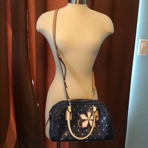 Guess crossbody or handbag